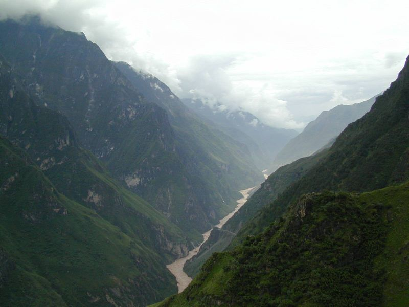 gorge du saut du tigre yunnan yuanyang